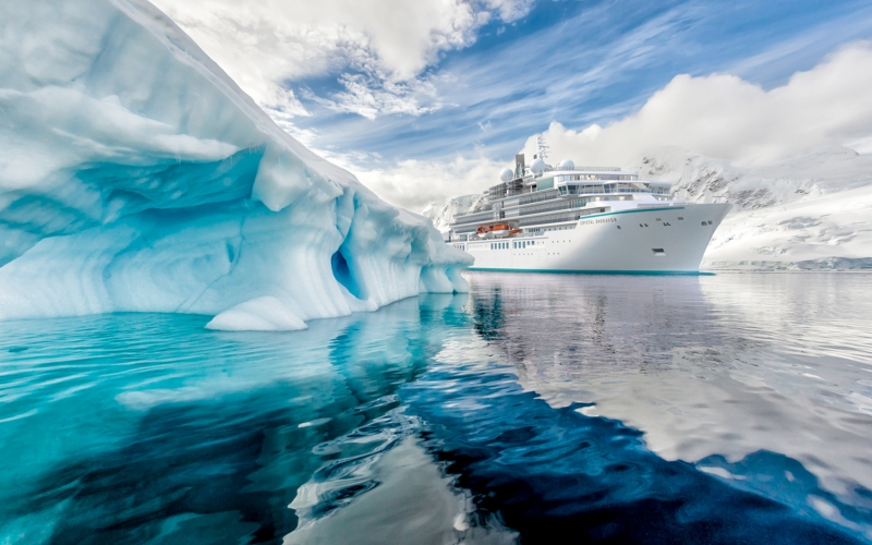 Crystal Cruises *- Book Now Savings