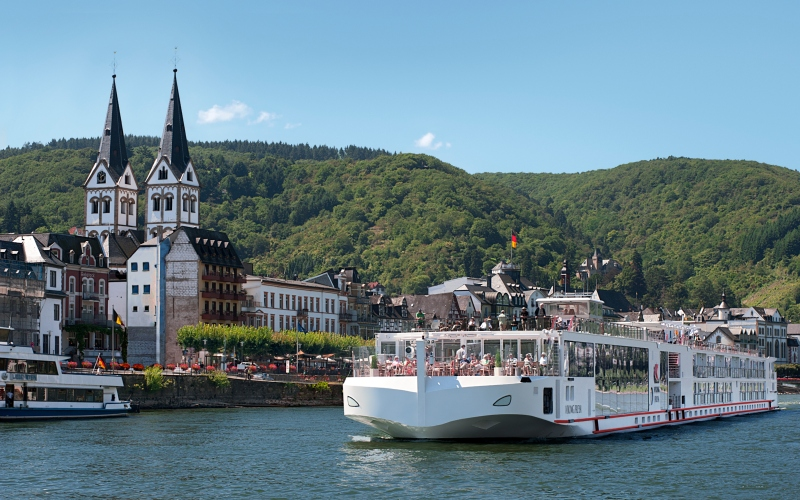 Viking River Cruises *- Free or Reduced Air & Bonus Agency Perks
