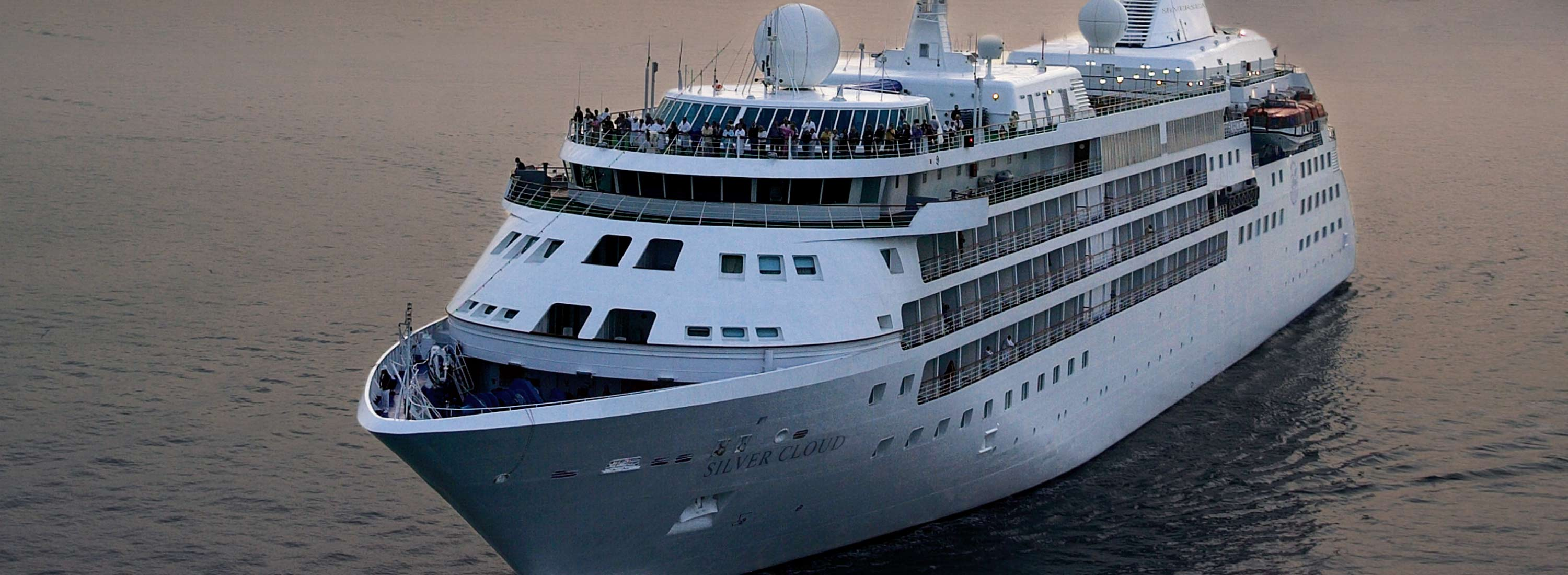 Cloud reviews silversea cruises reviews cruisemates - Luxury Cruise Connections Strong Silversea