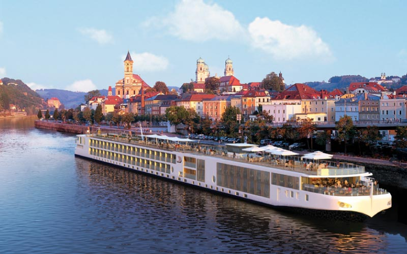 Scenic Luxury Cruises & Tours - * Last Days of Wave